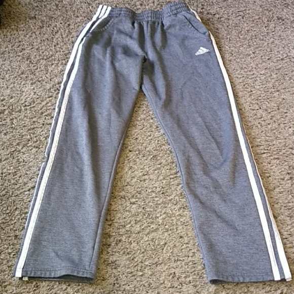 adidas Other - Adidas sweat pants  (14-16yrs)Large and free short
